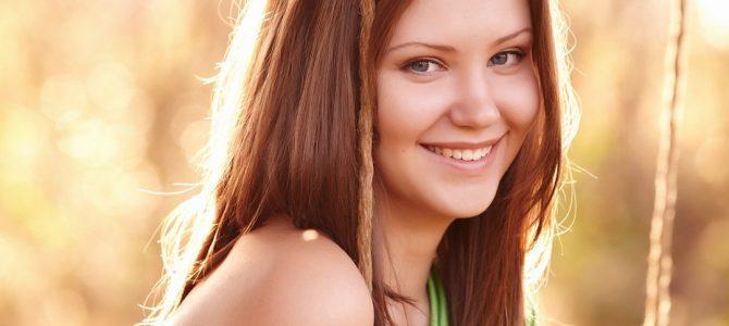 Как и зачем защищать волосы от солнца