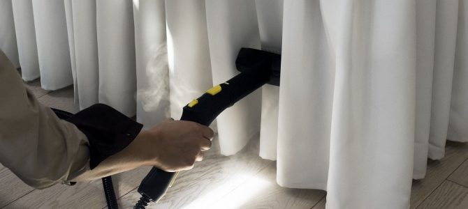 Когда необходима химчистка штор на дому и как она происходит
